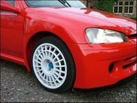 Peugeot 106 Cosworth : Turbo et 4 roues motrices