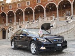 Lexus fournisseur officiel du mariage du Prince Albert II de Monaco