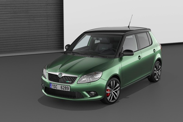 nouvelle skoda fabia rs l gitimit rallye. Black Bedroom Furniture Sets. Home Design Ideas