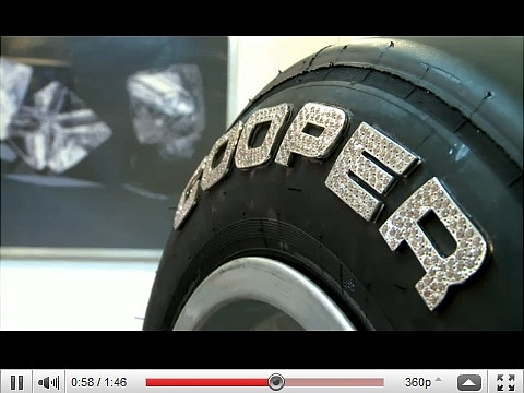 vid o a d faut de rouler sur l 39 or voil des pneus qui se couvrent de diamants. Black Bedroom Furniture Sets. Home Design Ideas