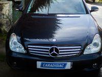 L'auto des voisins – Georges, retraité breton, s'est entiché d'une Mercedes CLS abandonnée sous un arbre