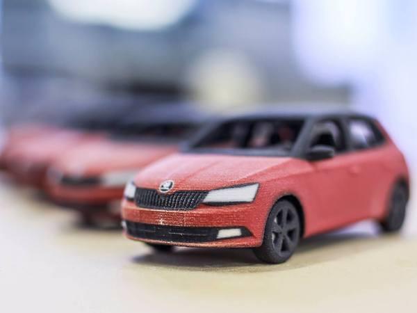 Skoda la fabia n 39 est pas une voiture en carton et pourtant - Fabriquer une voiture en carton ...