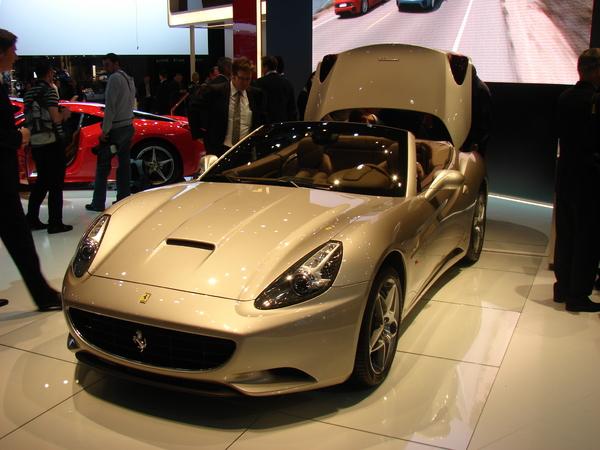 La Ferrari California en direct de Genève : le premier Stop&Start sur une sportive