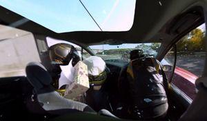 Vivez de l'intérieur un crash-test grâce à la caméra à 360 degrés