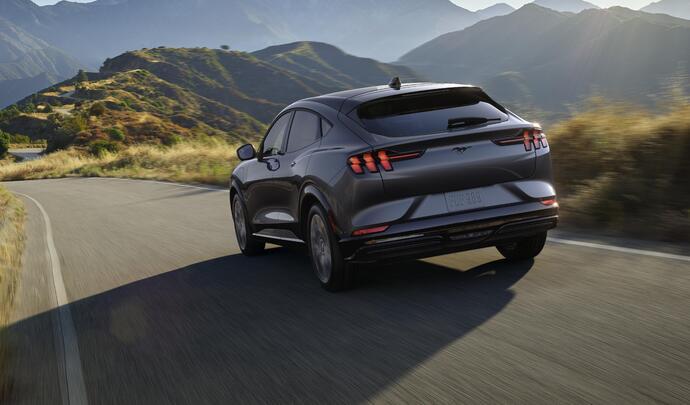 Ford : de l'électrique pour toute la gamme d'ici 2030 - Caradisiac.com