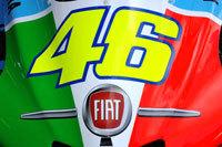 La Fiat 500 fait du Moto GP !