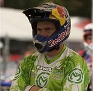 David Knight heureux de sa victoire à St Flour avec Kawasaki Pulsion