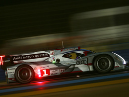 """(Minuit chicanes) 24 Heures du Mans - Ce logo """"HY"""" ne vous rappelle rien?"""