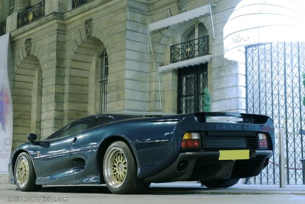 Photos du jour : Jaguar XJ220