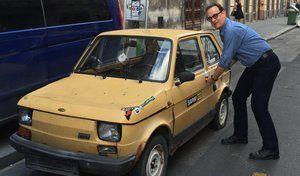 Des Polonais se cotisent pour offrir une Fiat 126 à l'acteur Tom Hanks