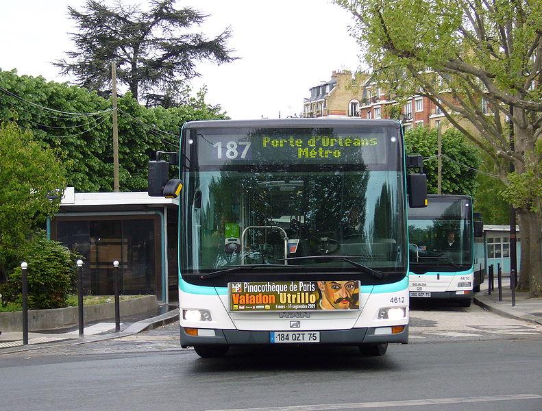 transports en commun paris 350 bus man command s par la ratp. Black Bedroom Furniture Sets. Home Design Ideas