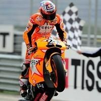 Moto GP - Honda: Stoner offre la centième victoire à une série commencée par Doohan