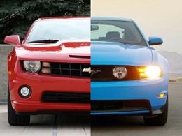 La Ford Mustang repasse devant la Chevrolet Camaro