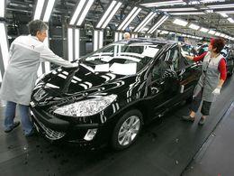 PSA Sochaux réduit la production et le nombre d'intérimaires