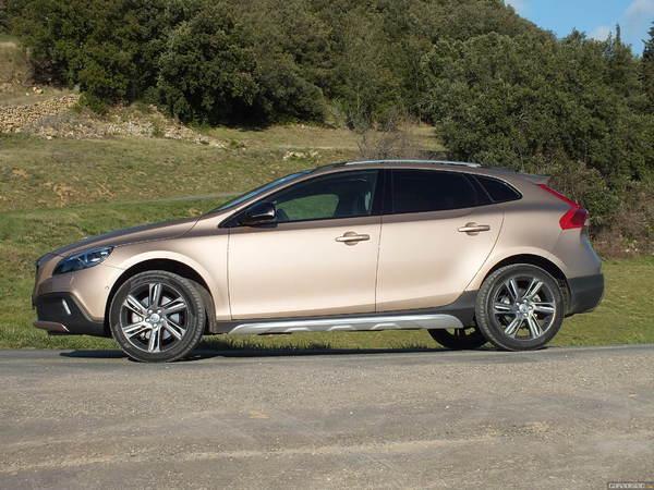 Volvo confirme le XC40
