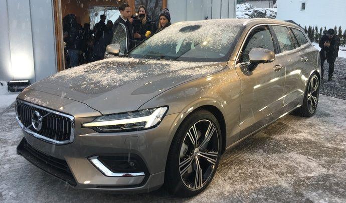 Volvo V60 - Les premières images du nouveau break Volvo en live