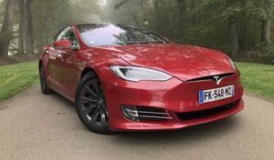 Assurance auto: avec une Tesla, les prix s'envolent