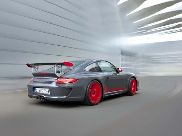 La nouvelle Porsche 911 GT3 RS 4.0 à 179880 €?