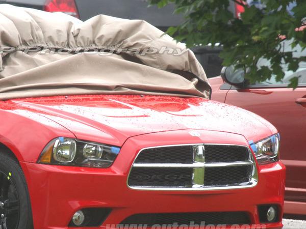 Dodge Charger : le restyling à découvert !