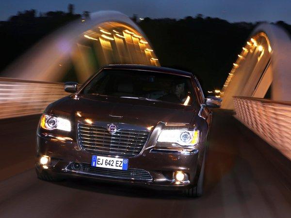 Une Lancia Thema coupé à l'étude?