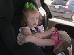 Les informations du siège auto de votre enfant directement sur votre smartphone grâce au fabricant Tomy