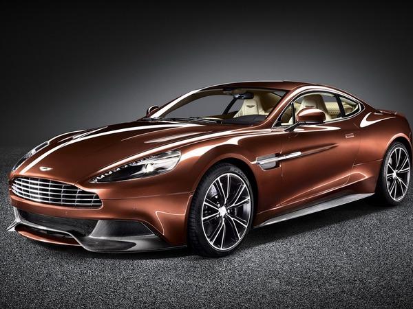 Aston Martin Vanquish : 565 chevaux sous le capot !