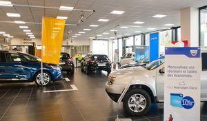 Les Français vont de moins en moins dans les concessions avant d'acheter une voiture