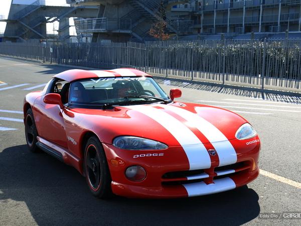 Photos du jour : Dodge Viper RT/10