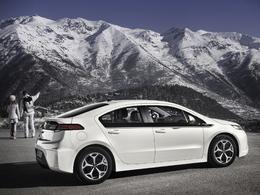 Prise en main et présentation des Opel Ampera, HydroGen4 et Meriva MeRegio