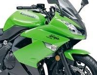Kawasaki Ninja 400R 2011 : Elle a tout d'une grande...