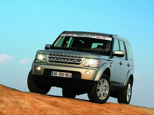 Le Land Rover Discovery 4 élu 4X4 de l'année 2010