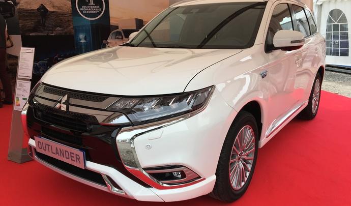 Mitsubishi Outlander PHEV: champion méconnu de l'hybride - Vidéo en direct du Salon de Val d'Isère 2019