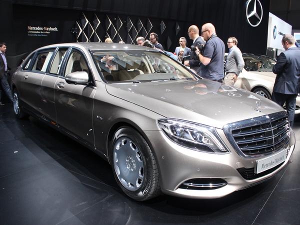 Mercedes maybach s600 pullman super s en direct du - Le salon de geneve 2015 ...