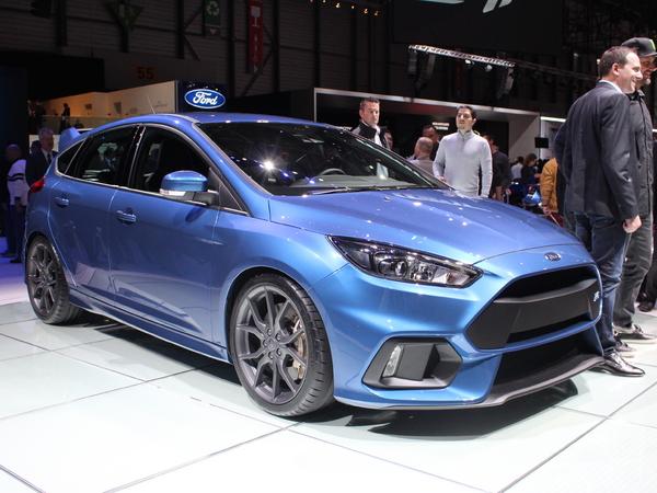 Ford Focus RS : être patient - Vidéo en direct du salon de Genève 2015