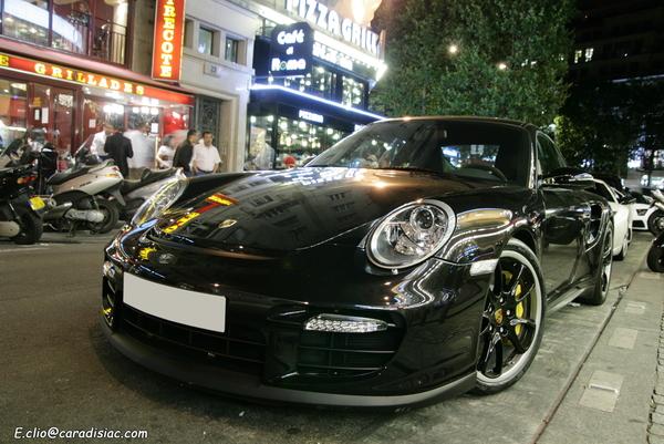 Photos du jour : Porsche 997 GT2