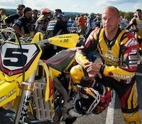 "Interview Boris Chambon: ""the little big man"" du supermotard se retire après être sacré vice-champion de France 2011"