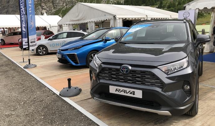 Toyota Rav 4: tout nouveau - Vidéo en direct du Salon de Val d'Isère 2019
