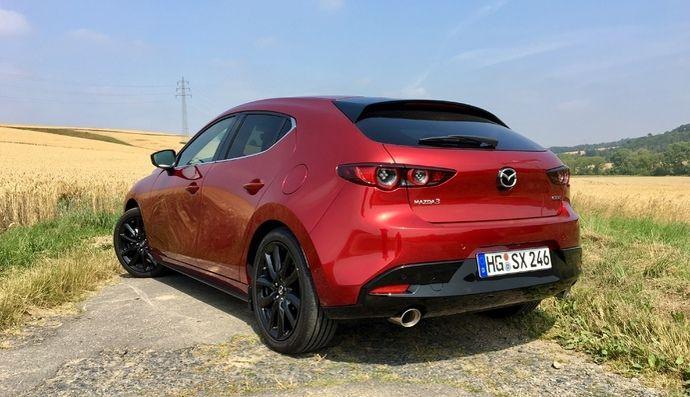 Mazda met à jour son moteur Skyactiv-X sur la 3