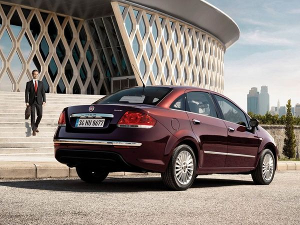 La future Fiat Linea arrivera en 2015