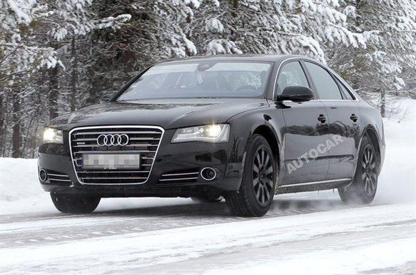 Spyshot : l'Audi S8 en approche