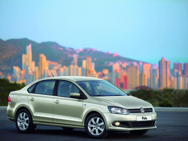 Nouvelle VW Polo tricorps officielle