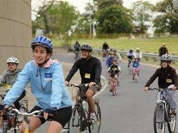 13 000 cyclistes sur l'autoroute de Toronto