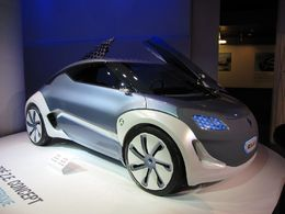 Renault devrait produire plus de 200 000 véhicules électriques par an vers 2015/2016