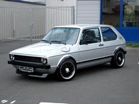 VW Golf 1 Mac Audio : Du tuning Old School