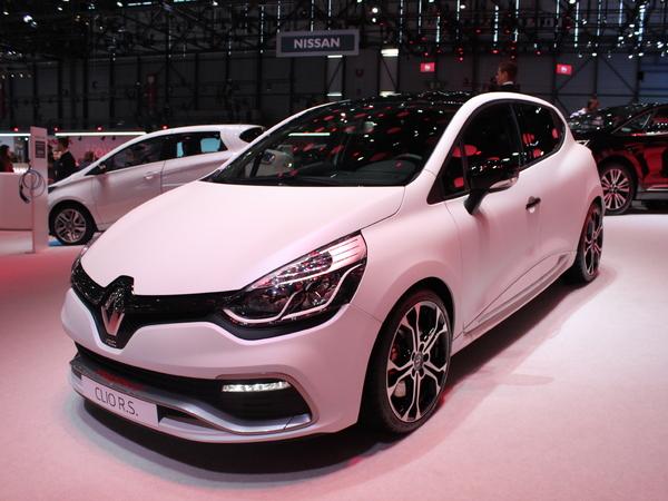 Renault Clio R.S Trophy : plus performante - Vidéo en direct du salon de Genève 2015