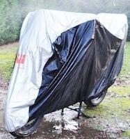 Test housse Givi S201: pour rester au sec cet hiver sans se ruiner