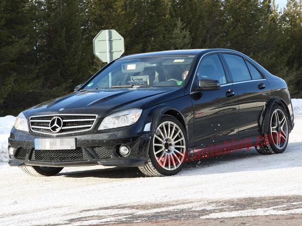 507 ch atmosphériques pour les Mercedes C63 AMG Black Series