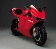 Vidéo moto : la Ducati Desmosedici débarque en ville !