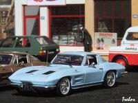 1/43ème - CHEVROLET Corvette C2 Sting Ray