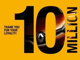 Renault réplique à Dacia et annonce 10 millions de fans facebook